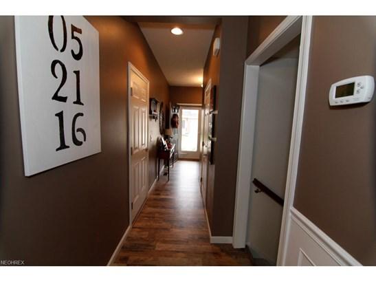 Townhouse, Single Family - Berea, OH (photo 3)