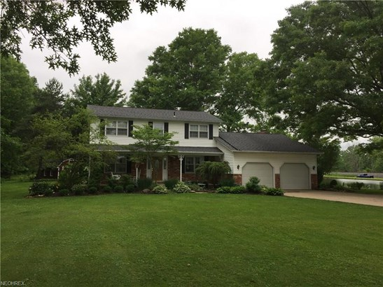 Colonial, Single Family - Valley City, OH (photo 1)