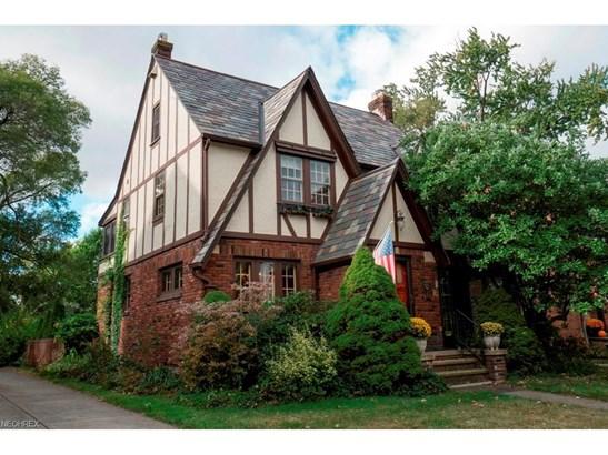 Tudor, Single Family - Cleveland, OH (photo 2)