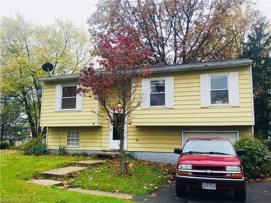 Bi-Level, Single Family - Streetsboro, OH (photo 2)