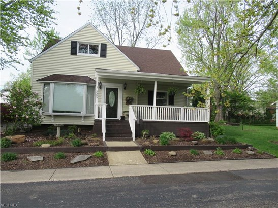 Cape Cod, Single Family - Parma Heights, OH (photo 1)