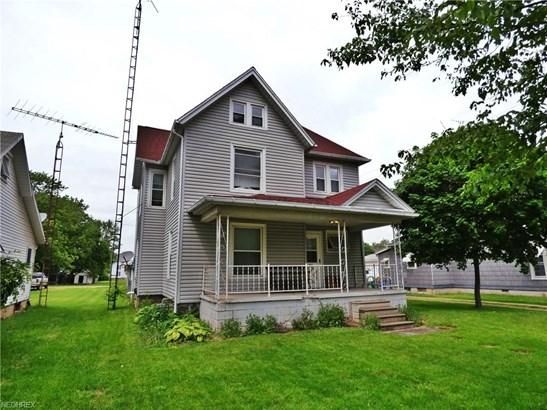 Colonial, Single Family - Willard, OH (photo 1)