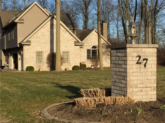 Colonial,Contemporary/Modern,Conventional, Single Family - Wakeman, OH