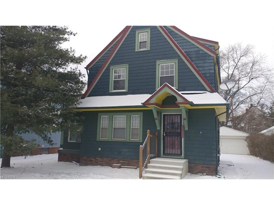 Colonial, Single Family - Maple Heights, OH (photo 1)