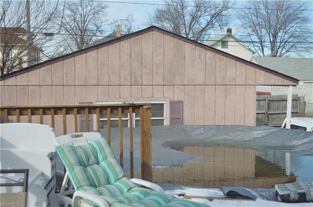 Colonial, Single Family - Lorain, OH (photo 5)