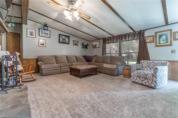 Ranch, Single Family - New London, OH (photo 3)