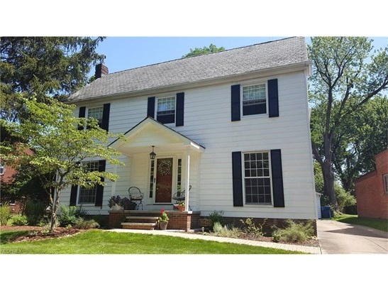 Colonial, Single Family - Parma Heights, OH (photo 1)