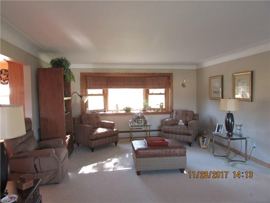 Ranch, Single Family - North Royalton, OH (photo 3)