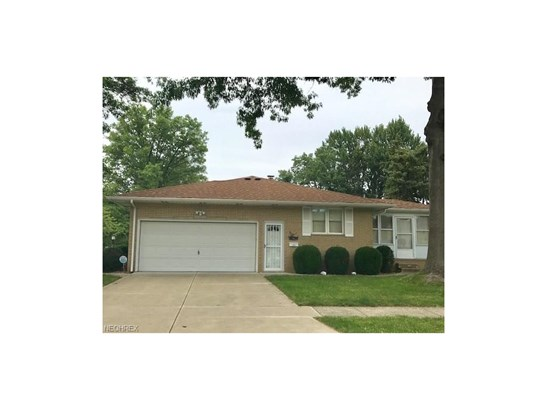 Ranch, Single Family - Middleburg Heights, OH (photo 4)
