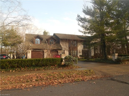 Colonial, Single Family - Bay Village, OH (photo 1)