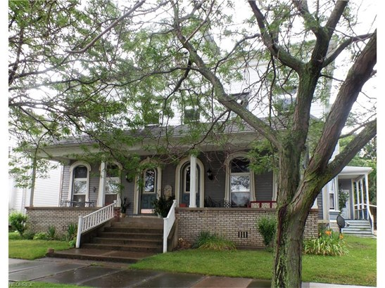 Victorian, Single Family - Sandusky, OH (photo 1)