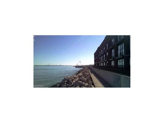 Condominium, Multi-Unit Building,Other - Sandusky, OH (photo 1)