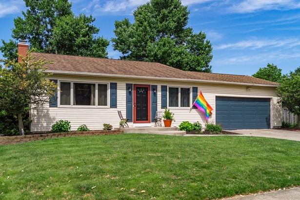 Split - 4 Level, Single Family Freestanding - Westerville, OH