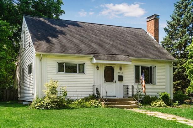 Single Family Freestanding, Cape Cod/1.5 Story - Upper Arlington, OH