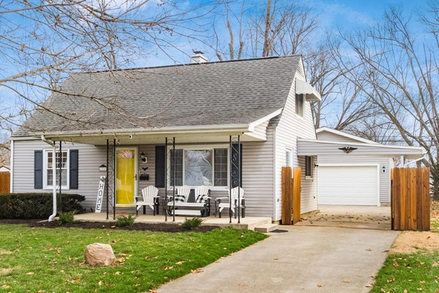 Single Family Freestanding, Cape Cod/1.5 Story - Columbus, OH