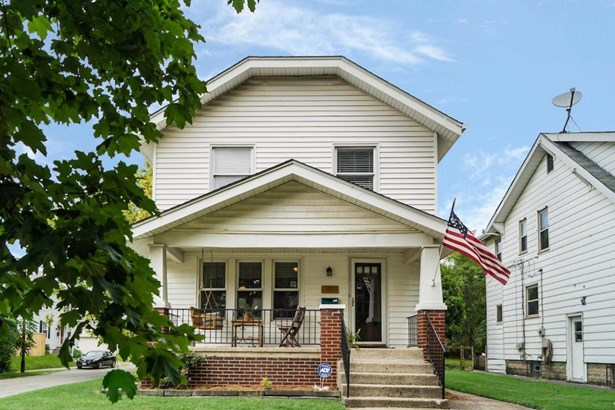 Single Family Freestanding, 2 Story - Columbus, OH (photo 1)