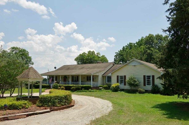 Farm House, Single Family - Seneca, SC (photo 5)