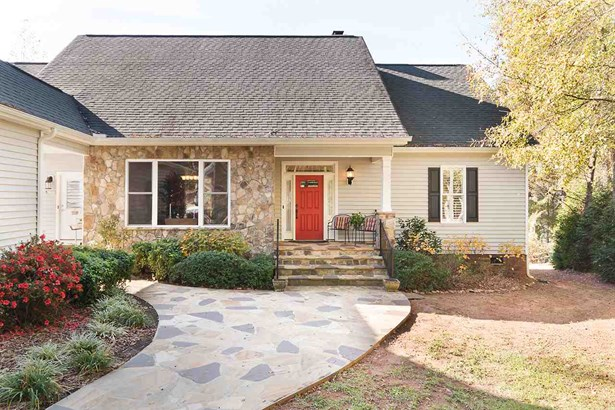 Craftsman, Single Family - Seneca, SC (photo 1)