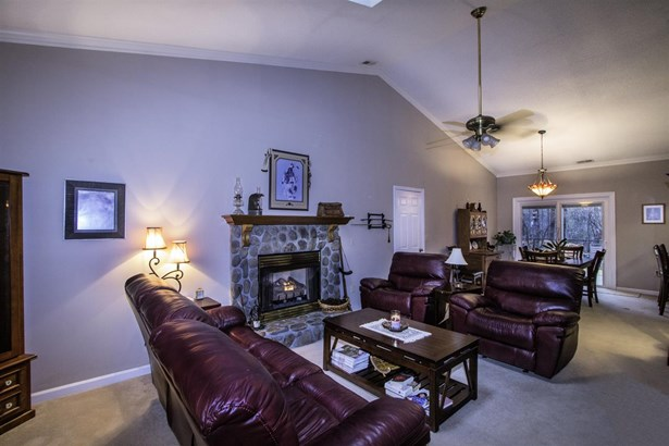 Cottage, Single Family - Westminster, SC (photo 4)