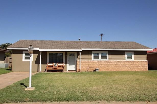 103 Pat Street, Levelland, TX - USA (photo 1)