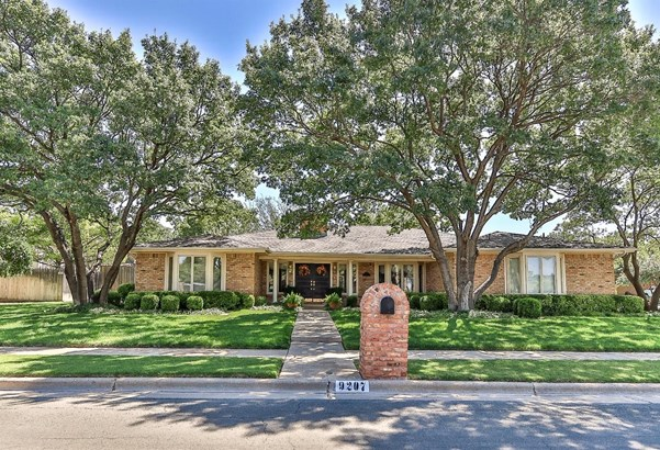 9207 Lynnhaven Avenue, Lubbock, TX - USA (photo 1)