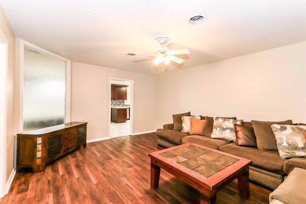 3207 40th Street, Lubbock, TX - USA (photo 4)