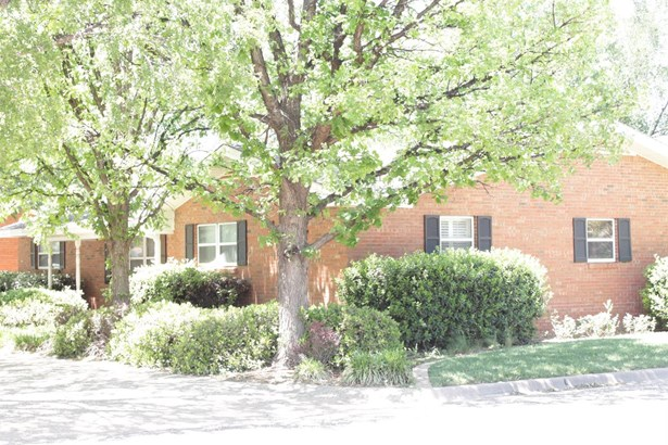 1217 Warren Street, Brownfield, TX - USA (photo 2)