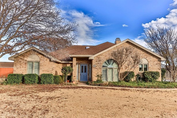 8303 Trenton Avenue, Lubbock, TX - USA (photo 1)