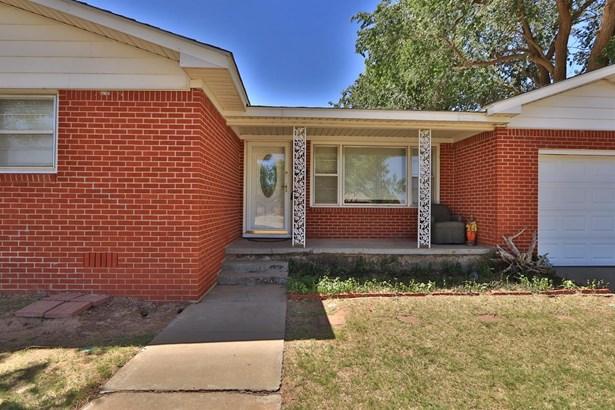 124 Adams Street, Levelland, TX - USA (photo 2)