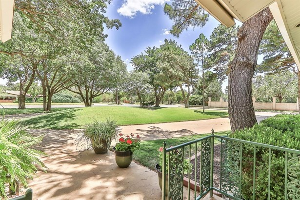 2114 Slide Road, Lubbock, TX - USA (photo 2)