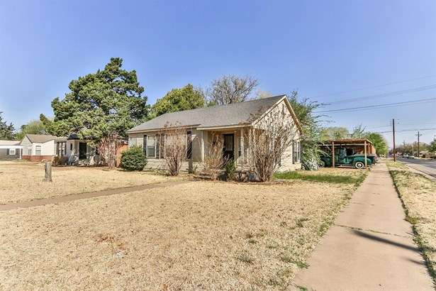 2702 31st Street, Lubbock, TX - USA (photo 2)