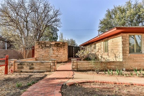 1907 32nd Street, Lubbock, TX - USA (photo 2)