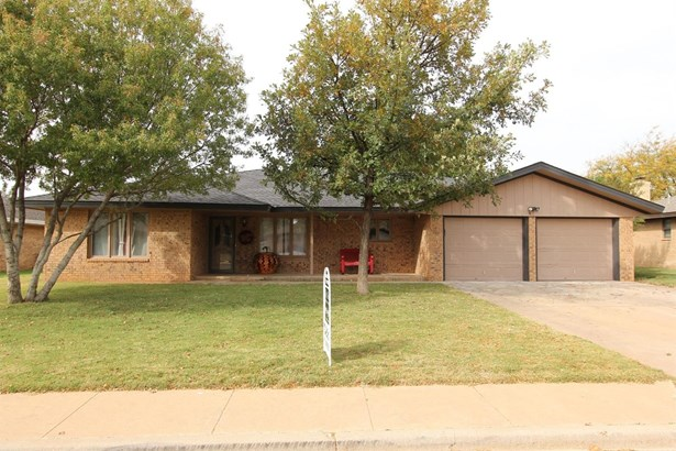 2118 Tech Drive, Levelland, TX - USA (photo 2)
