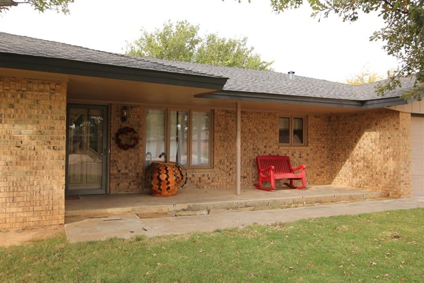 2118 Tech Drive, Levelland, TX - USA (photo 3)