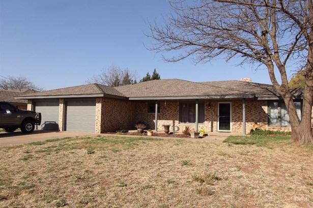 2112 Tech Drive, Levelland, TX - USA (photo 1)