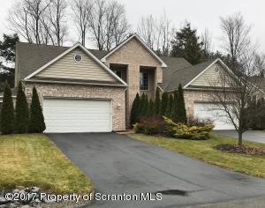 37 Pine Tree Dr, Clifton, PA - USA (photo 1)