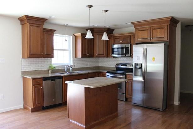 Residential, 2 Story - Hazle Twp, PA (photo 2)