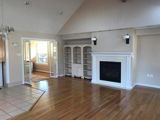 Split Level, Residential - West Pittston, PA (photo 3)