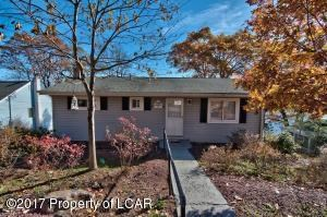 1337 Mountain Lake Drive W, Bear Creek, PA - USA (photo 1)
