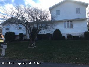 558 17th E St, Hazle Township, PA - USA (photo 1)