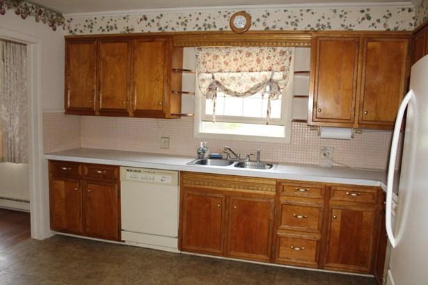 Residential, Bi-Level - Conyngham, PA (photo 3)
