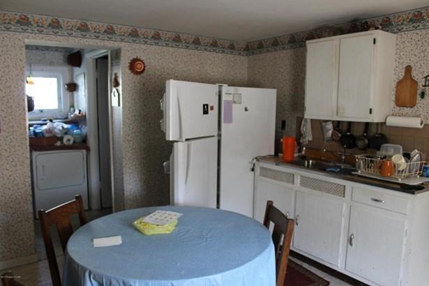 Residential, 2 Story - Glen Lyon, PA (photo 2)