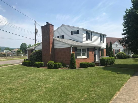 Residential, 2 Story - Wyoming, PA (photo 2)