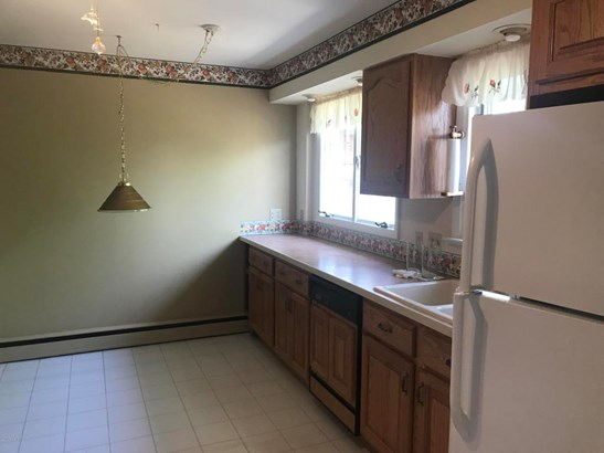 Residential, 2 Story - Wyoming, PA (photo 5)