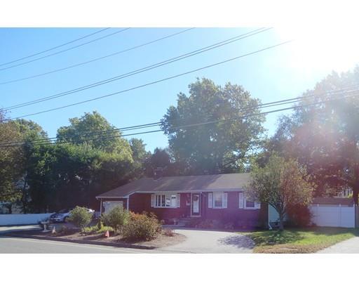 475 Upham St, Melrose, MA - USA (photo 1)