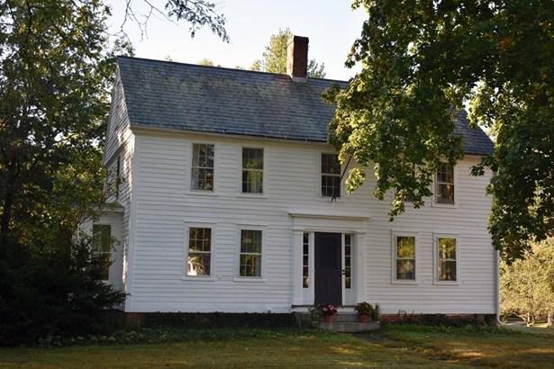 1055 South East, Amherst, MA - USA (photo 2)