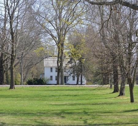 1055 South East, Amherst, MA - USA (photo 4)