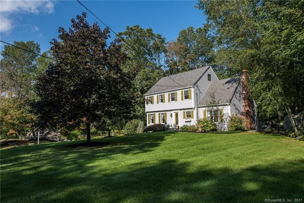 34 Glenwood Road, North Branford, CT - USA (photo 2)