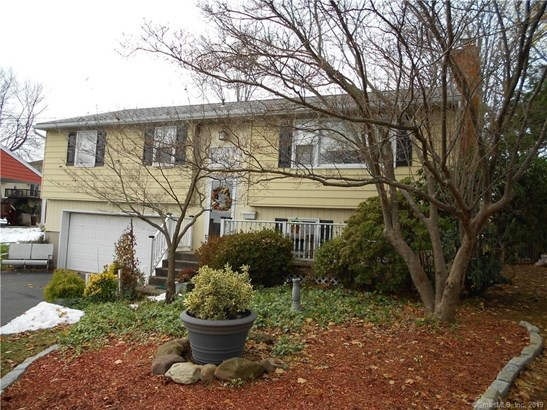 104 Parkway Place, Meriden, CT - USA (photo 2)