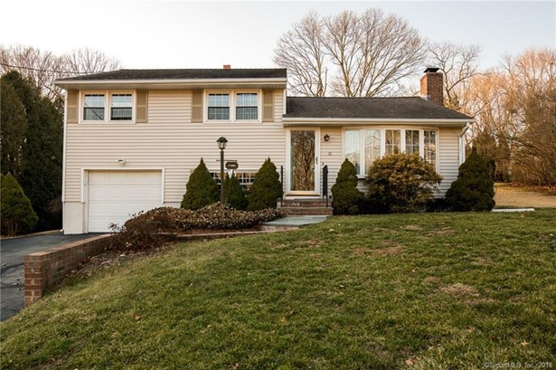 12 Charnes Drive, East Haven, CT - USA (photo 1)